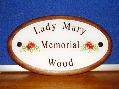 The Digglers' Lady Mary Memorial Wood Plaques
